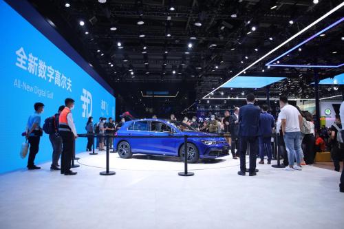 金九银十汽车产销增长迅猛,招行信用卡助力车市加速回暖